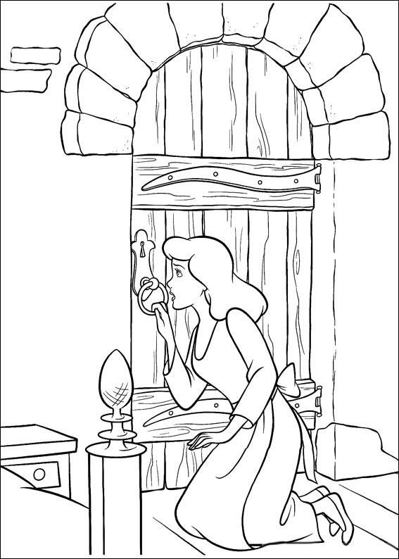 Disegno di Cenerentola da colorare 32