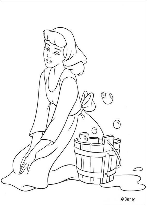 Cenerentola pulisce casa