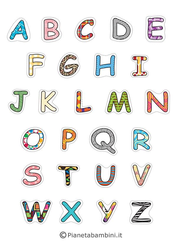 Lettere maiuscole multicolore
