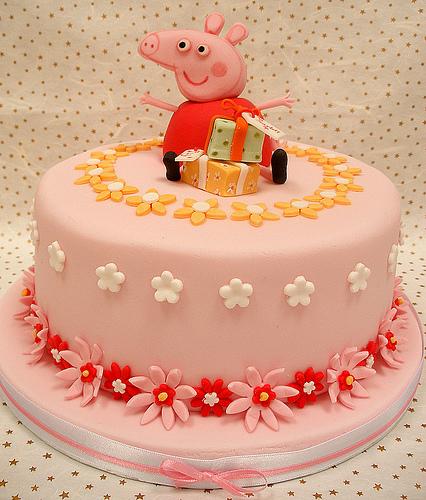 Foto della torta di Peppa Pig n.04