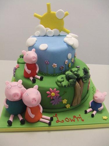 Foto della torta di Peppa Pig n.07