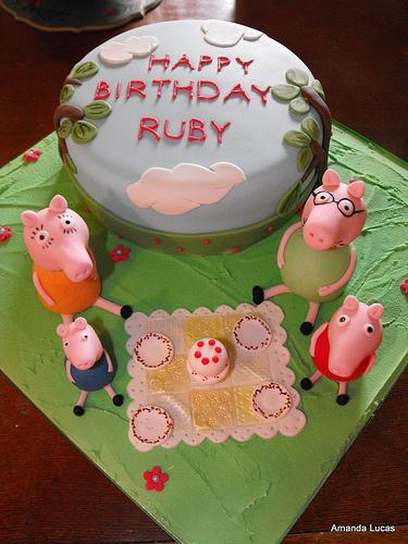 Foto della torta di Peppa Pig n.13