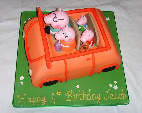 Foto della torta di Peppa Pig n.17