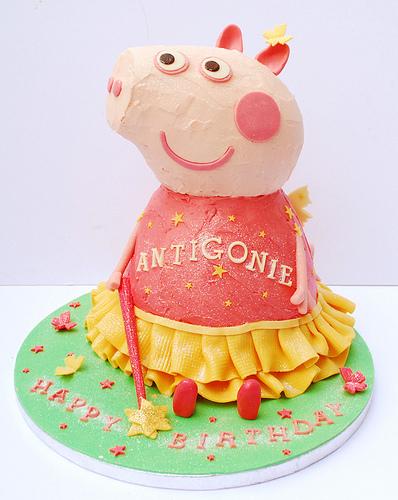 Foto della torta di Peppa Pig n.42