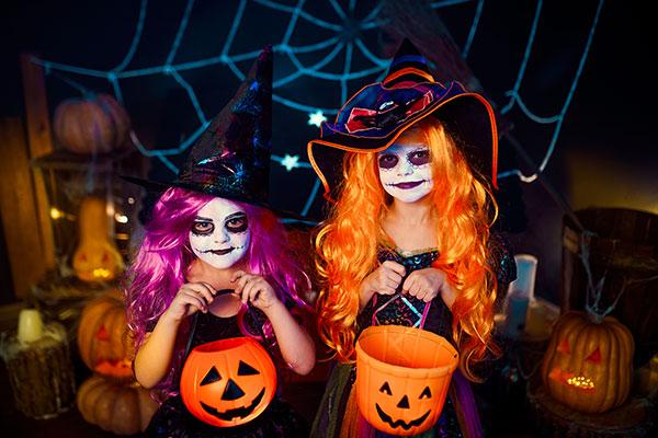 Scherzi di Halloween dolcetto o scherzetto