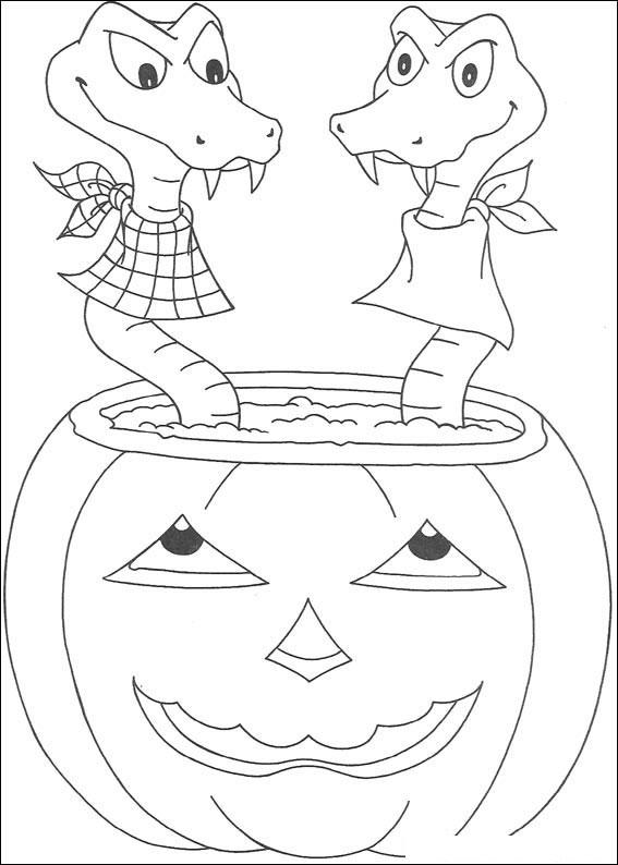 Serpenti nella zucca di Halloween