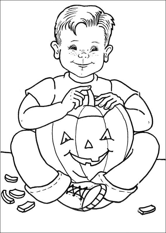 Il bambino e la sua zucca di Halloween