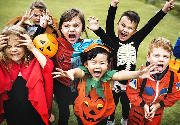 Idee per scherzi di Halloween da fare agli amici