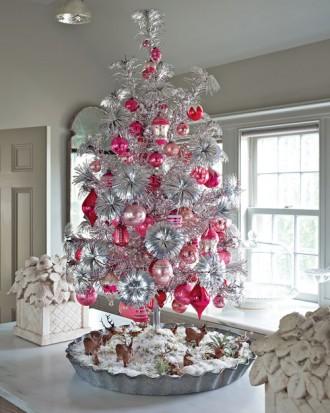 Immagine dell'albero di Natale in alluminio