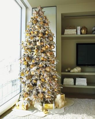 Immagine dell'albero di Natale dorato