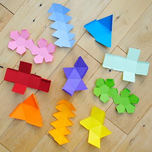 Forme geometriche per decorazioni natalizie