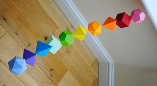 Idee per decorazioni geometriche natalizie
