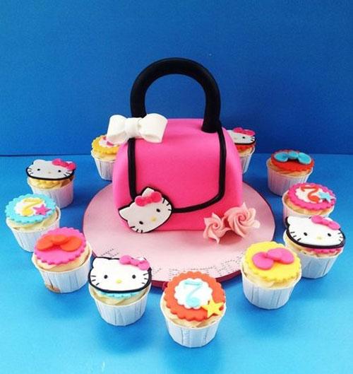 Foto della torta di Hello Kitty n.03