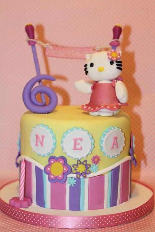 Foto della torta di Hello Kitty n.08