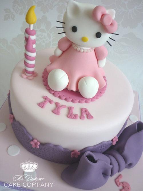 Foto della torta di Hello Kitty n.13