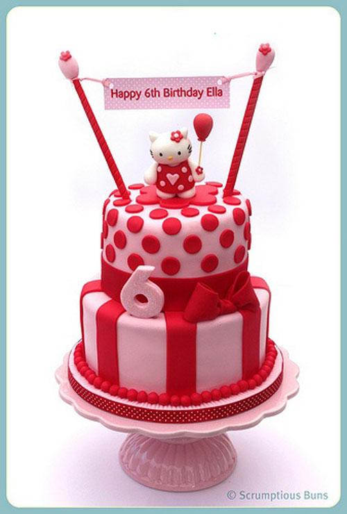 Foto della torta di Hello Kitty n.14