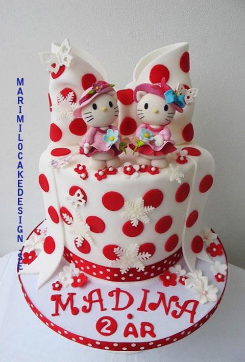 Foto della torta di Hello Kitty n.29