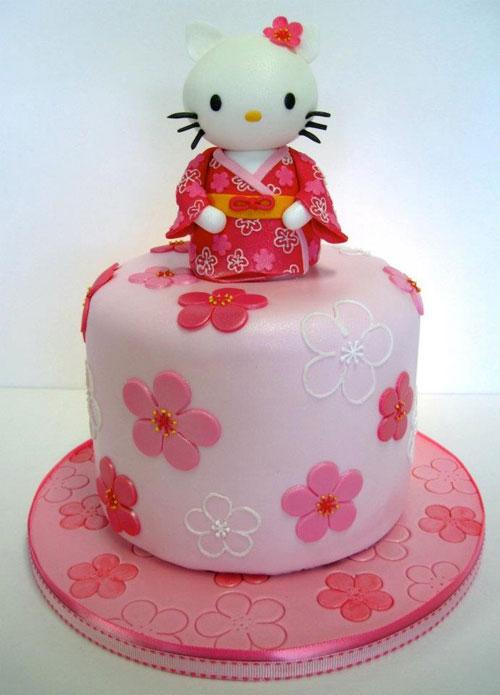 Foto della torta di Hello Kitty n.31