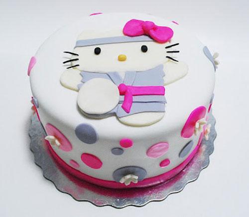 Foto della torta di Hello Kitty n.34
