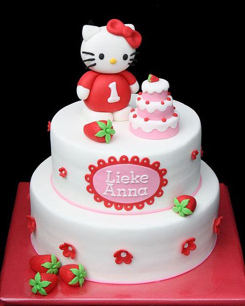 Foto della torta di Hello Kitty n.37