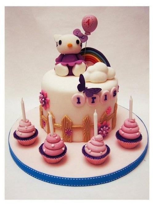 Foto della torta di Hello Kitty n.57