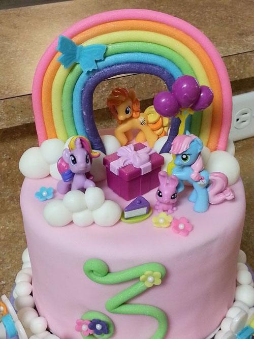 Foto della torta di My Little Pony n.31