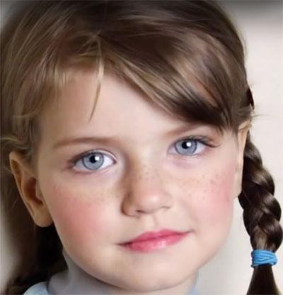 Immagine del trucco per il viso da Anna Frozen