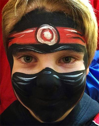 Immagine del trucco per il viso da ninja