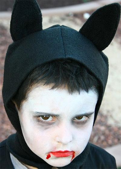 Immagine del trucco per il viso da pipistrello