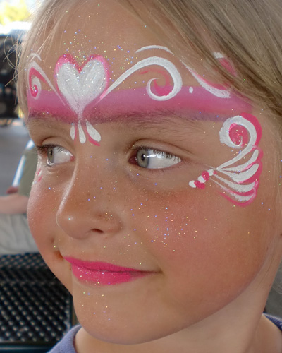 Immagine del trucco per il viso da principessa n.7