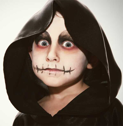 Immagine del trucco per il viso da zombie