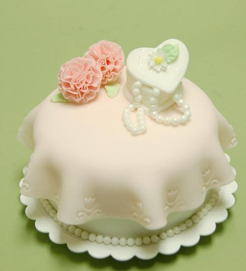 Foto della torta per la festa della mamma n. 39
