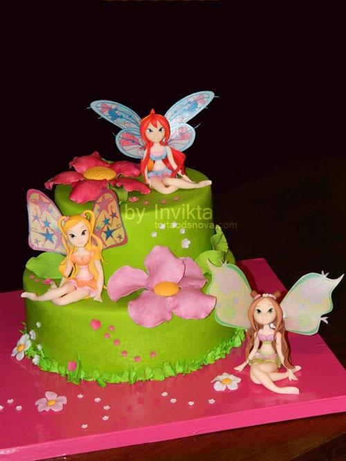 Foto della torta delle Winx n. 16