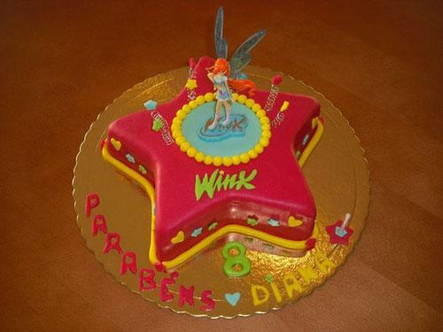 Foto della torta delle Winx n. 17