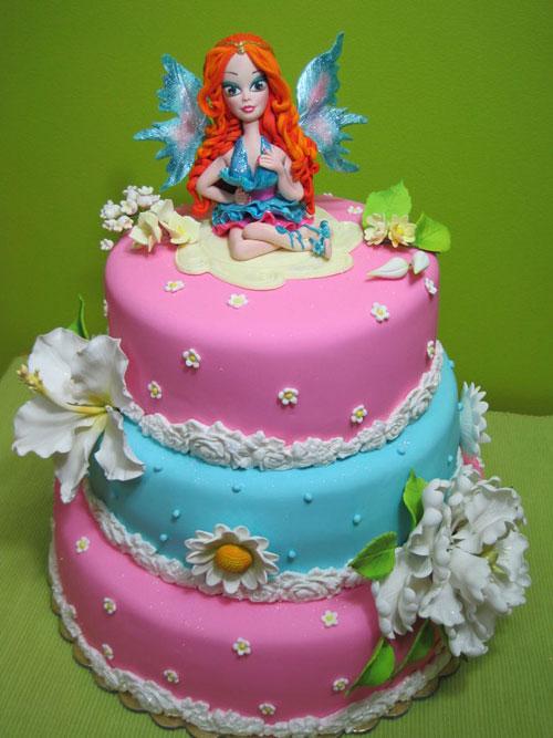 Foto della torta delle Winx n. 32