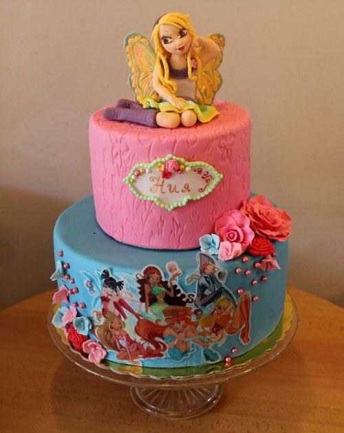 Foto della torta delle Winx n. 39