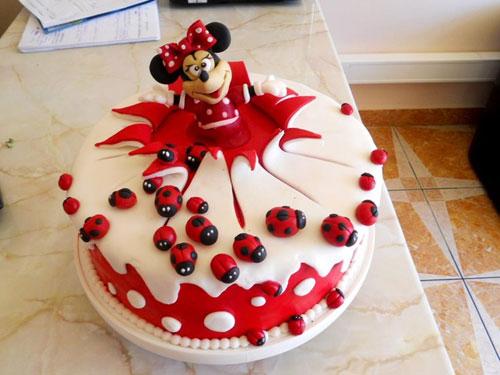 Foto della torta di Minnie n. 55