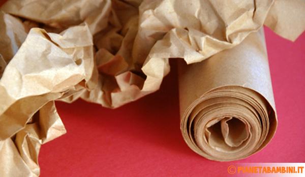 Come costruire il tronco dell'albero autunnale con la carta
