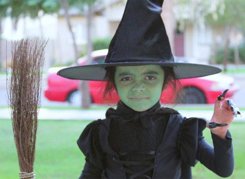 Trucco di Halloween da strega n.04