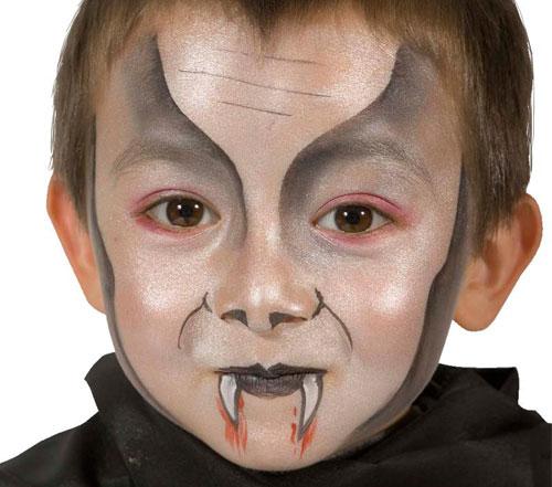 Trucco di Halloween da vampiro n.03