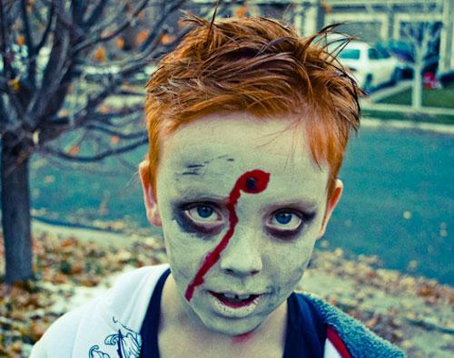 Trucco di Halloween da zombie n.10
