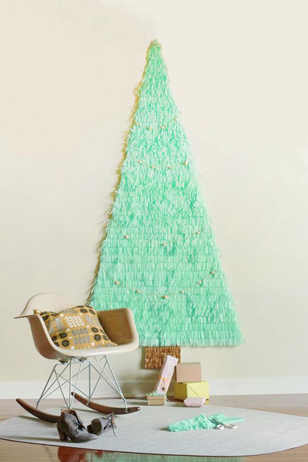 Come creare un albero di natale da parte con la carta