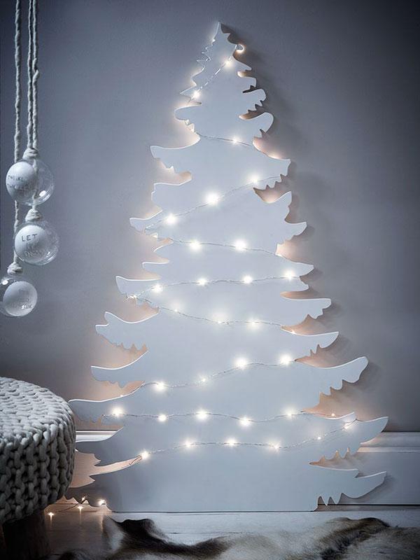 Come creare un albero di Natale da parete fai da te in compensato