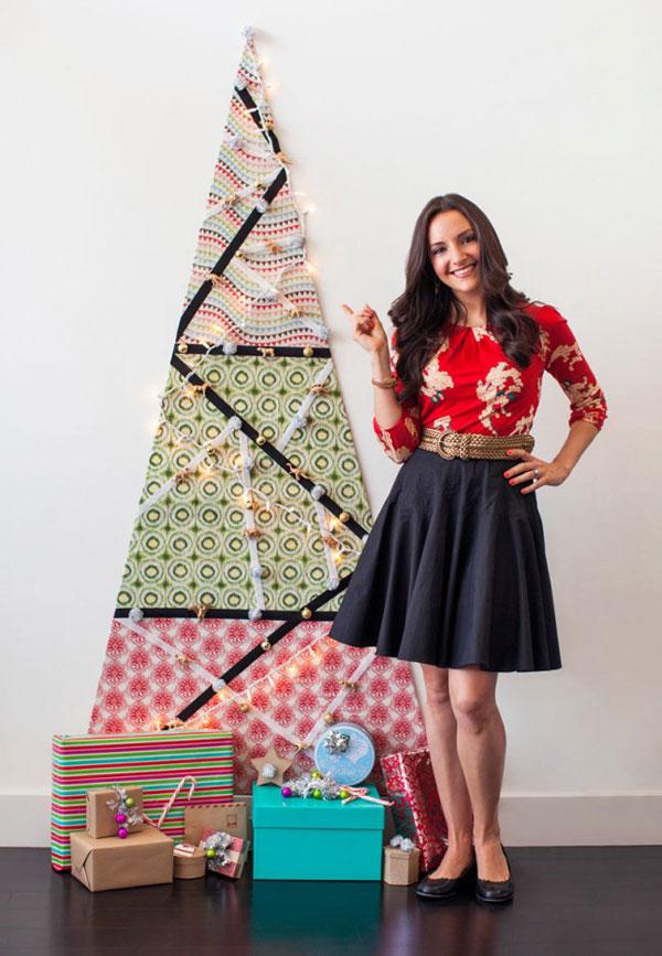 Come creare un albero di Natale da parete con del tessuto