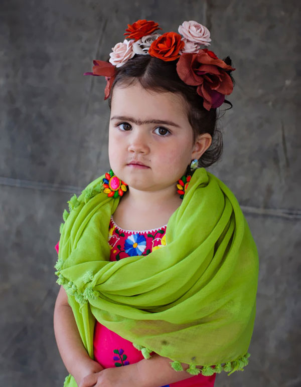 Costume di Halloween da Frida Kahlo