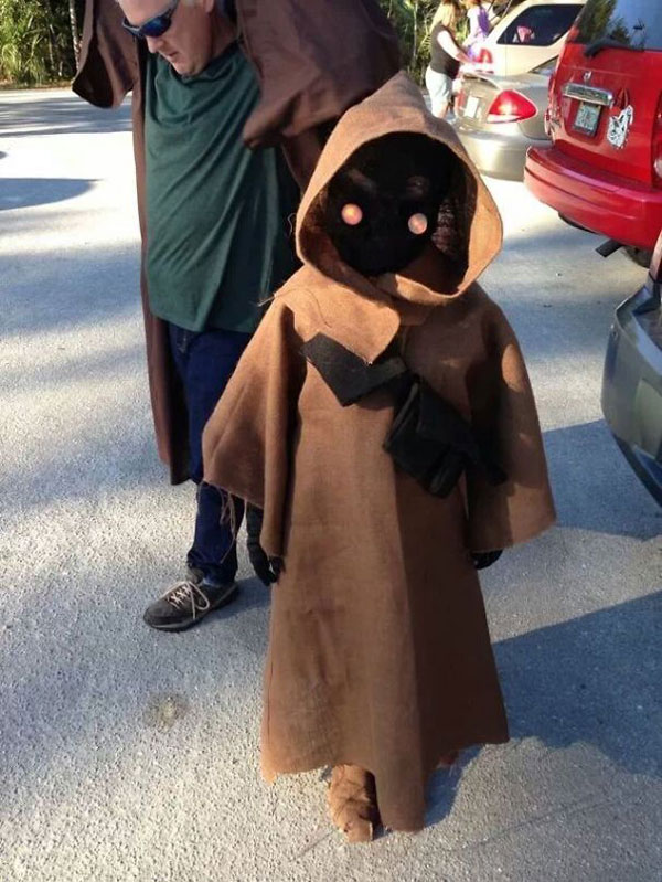 "Costume di Halloween di Jawa di ""Star Wars"""