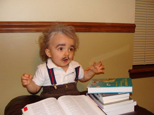 Costume di Halloween da Albert Einstein