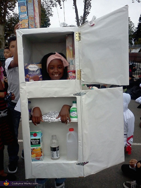 Costume di Halloween da frigorifero