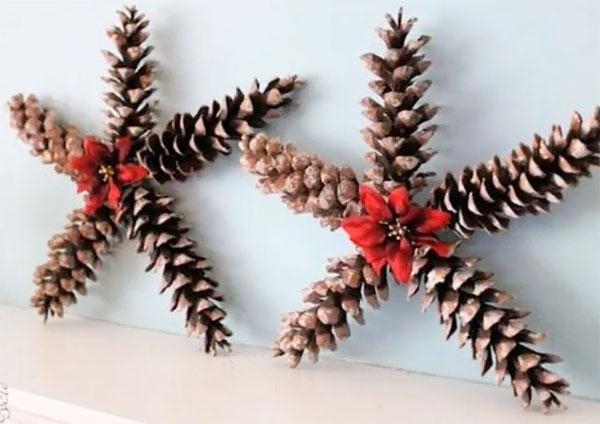 Lavoretto di Natale stelle con le pigne