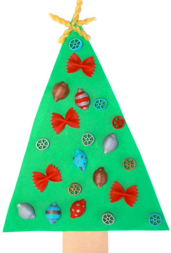 Come creare un albero di Natale con feltro e pasta
